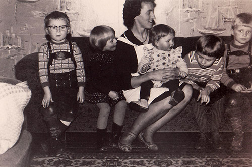 Mama & Geschwister 1963
